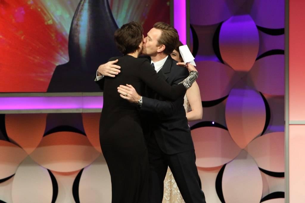 Ewan MacGregor and Maggie Gyllenhaal