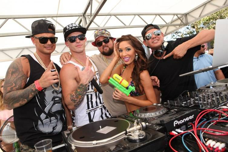 Pauly D, Mikey P, Chumlee, Farrah Abraham and DJ Mark Stylz at Ditch Fridays