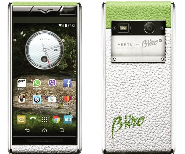 A specially designed Buro 24/7 Vertu phone.