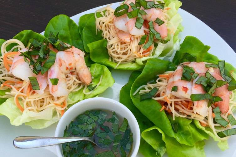 Spicy Shrimp Lettuce Wraps