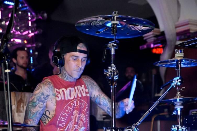 Travis Barker performing inside Hyde Bellagio_5.2.15 (2)