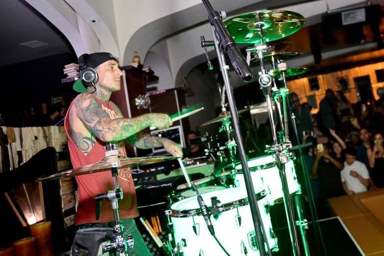 Travis Barker performing inside Hyde Bellagio_5.2.15 (3)