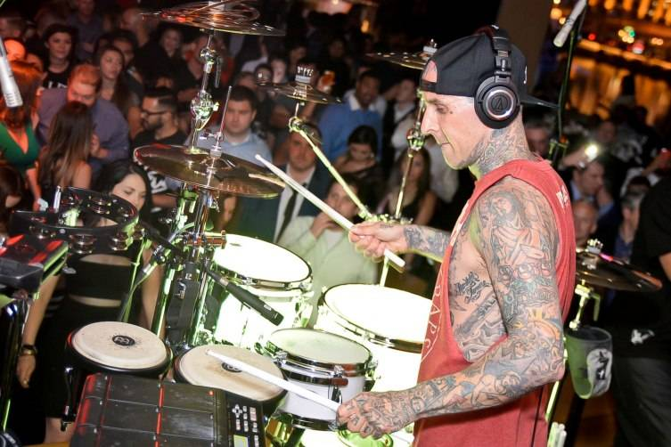 Travis Barker performing inside Hyde Bellagio_5.2.15 (4)