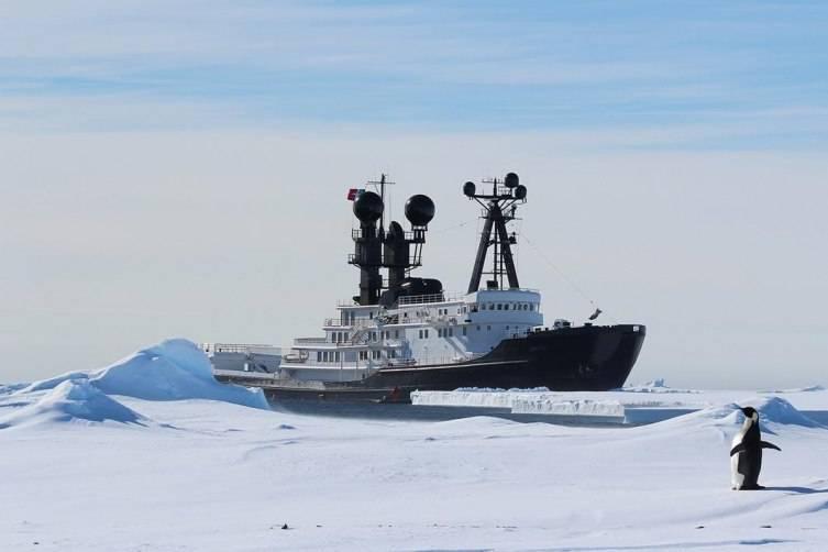 UpLN8wPTQmZOWznwx1Xn_arctic-p-yacht-1260x1760