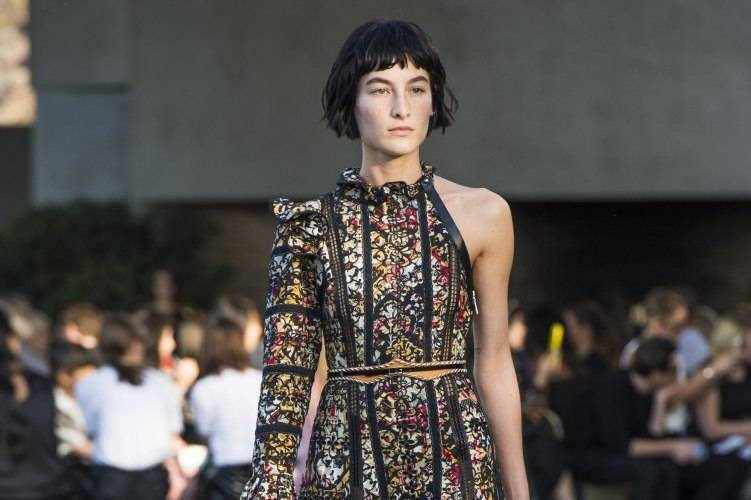 Louis Vuitton Debuts 2016 Cruise Collection 15