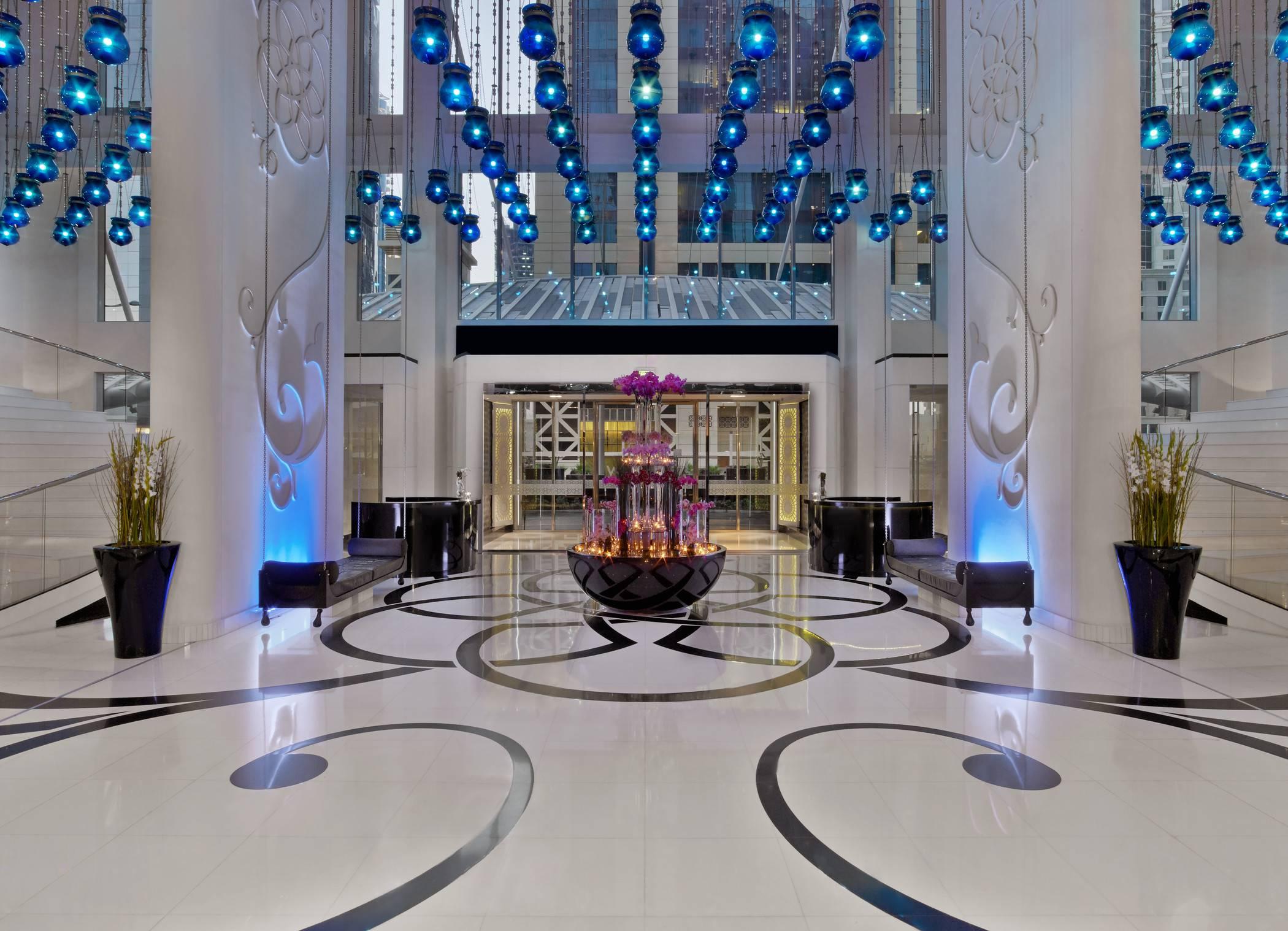 Inside the w doha hotel residences for Design hotel qatar
