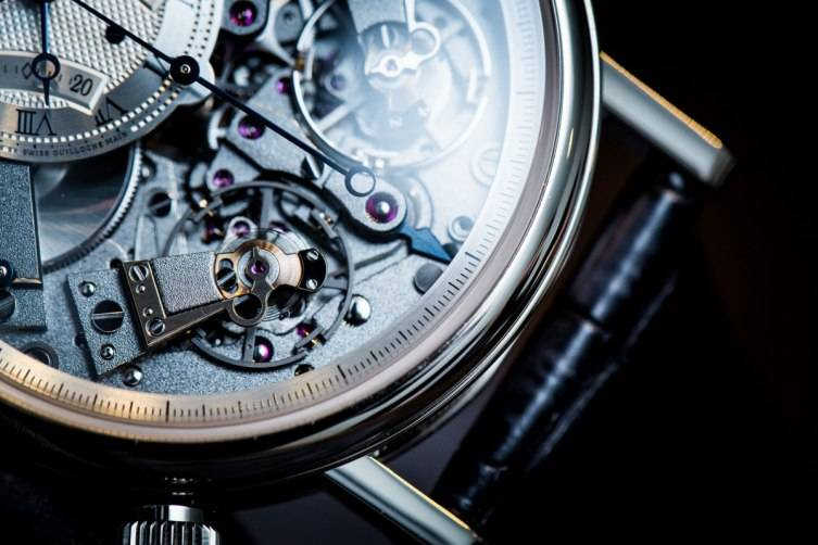 wpid-Breguet-7077-La-Tradition-Chronograph-Inde-pendant-Watch-Baselworld-2015-Close-Up-3.jpg