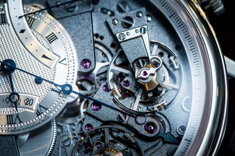 wpid-Breguet-7077-La-Tradition-Chronograph-Inde-pendant-Watch-Baselworld-2015-Wrist-Close-Up.jpg