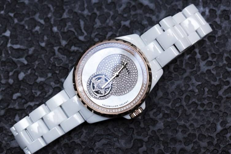 wpid-Chanel-J12-Flying-Tourbillon-White-Watch-Baselworld-2015-front.jpg