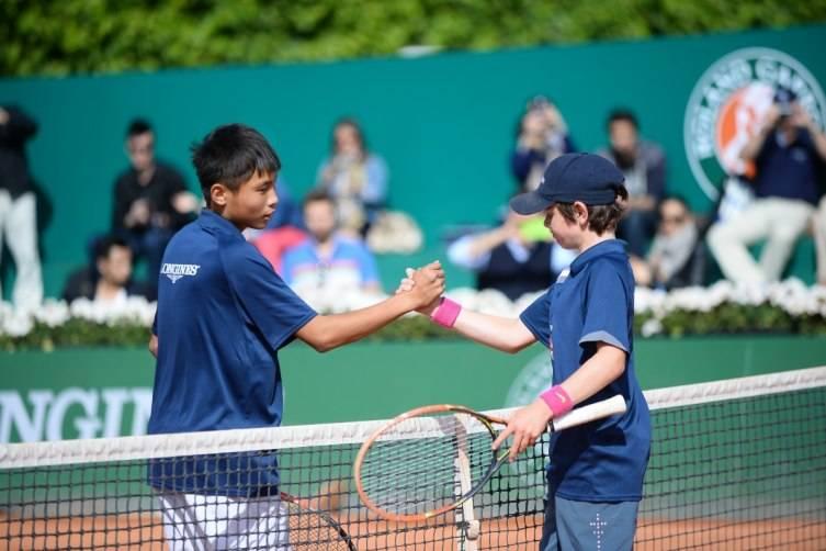 wpid-Longines-Future-Tennis-Aces-2015-Final-Handshake.jpg