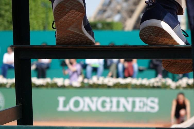 wpid-Longines-Future-Tennis-Aces-2015-Final-details-feet.jpg