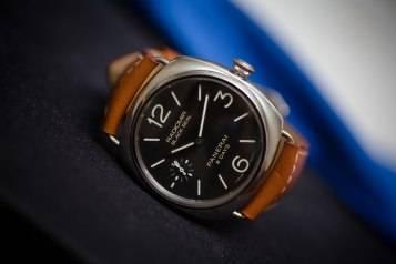 wpid-Officine-Panerai-Radiomir-Black-Seal-8-Days-Acciaio-PAM00609-Watch-Front-REAL.jpg