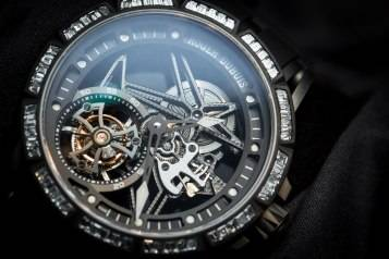 wpid-Roger-Dubuis-Excalibur-Spider-Skeleton-Flying-Tourbillon-watch-SIHH-2015-dial.jpg