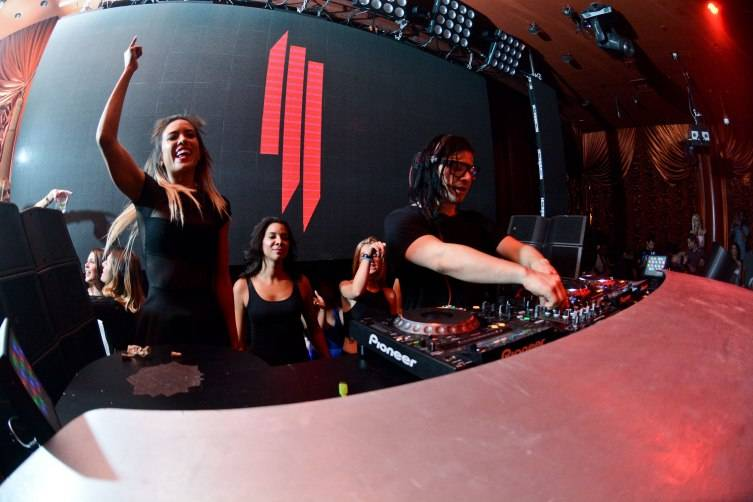 20150610_SURRENDER_5_YEAR_SKRILLEX_HiRes_KarlLarsonPhotography119