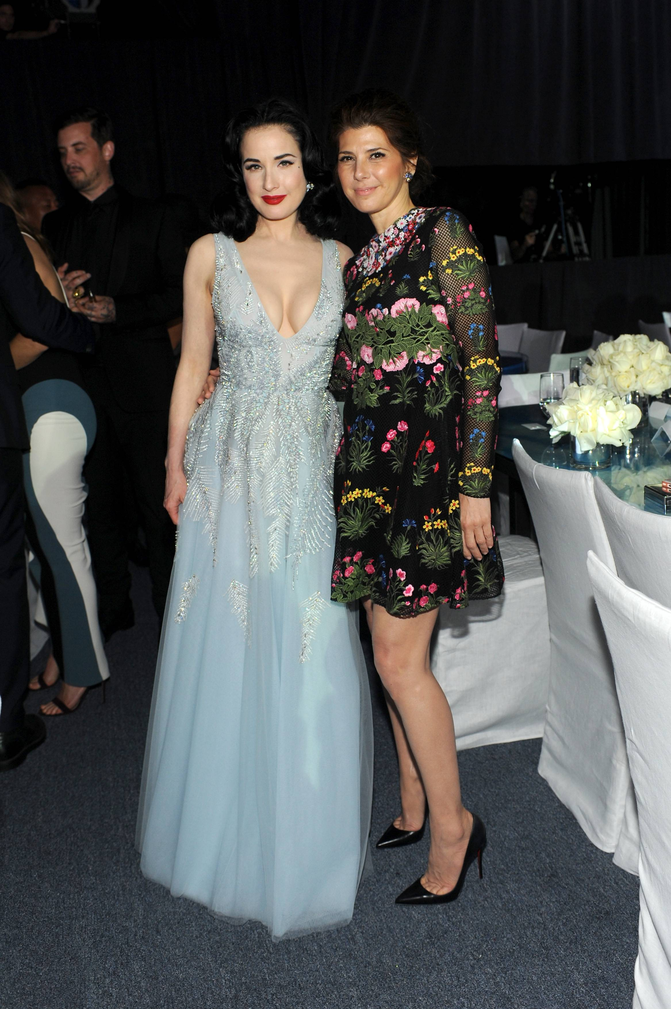LOS ANGELES, CA - MAY 30: Actresses Dita Von Teese (L) and  Marisa Tomei attend the 2015 MOCA Gala presented by Louis Vuitton at The Geffen Contemporary at MOCA on May 30, 2015 in Los Angeles, California.  (Photo by Stefanie Keenan/WireImage for The Museum Of Contemporary Art, Los Angeles (MOCA))