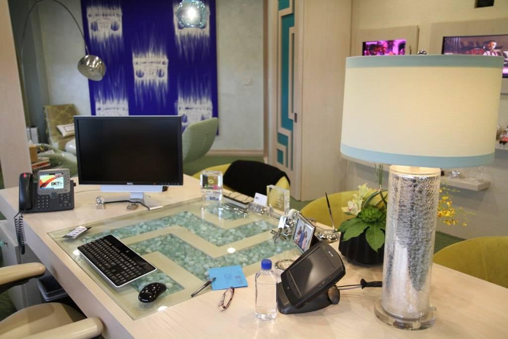 Debra Lee's desk