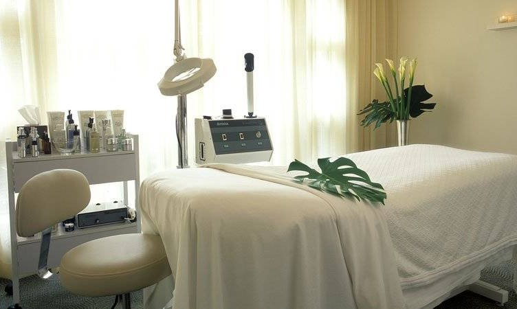 Beverly Hills Hotel Spa