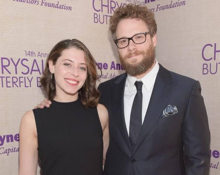 Seth Rogen (R) and Lauren Miller