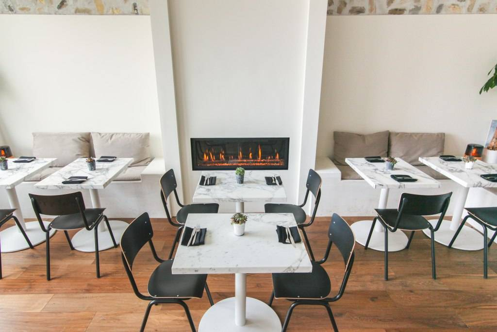 PFW interior fireplace-9959