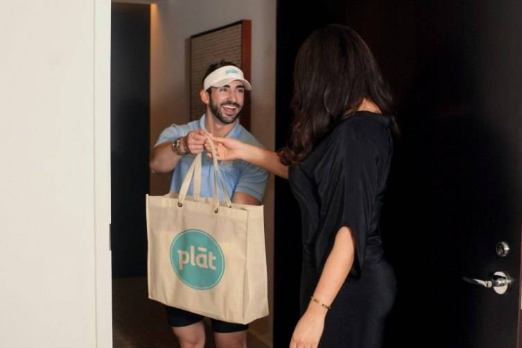 Plāt Delivery is as close as your smartphone!