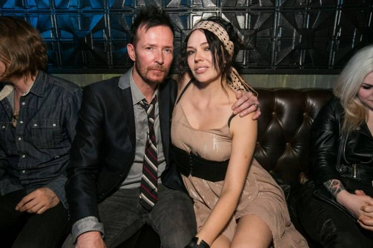 Scott Weiland with his wife at The Sayers Club.