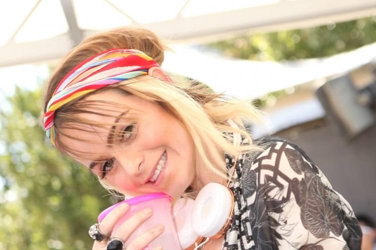 Taryn Manning at Ditch Fridays
