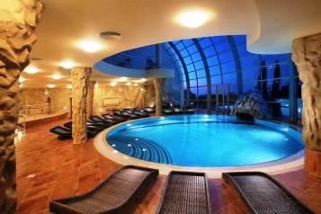 Vivos-E1-Inspiration-Community-Pool
