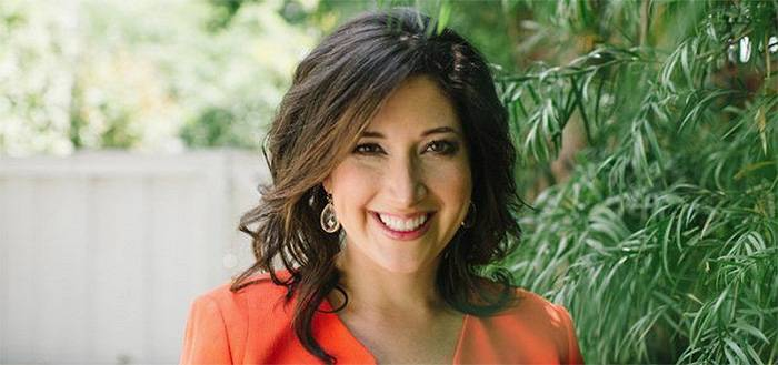 Randi Zuckerberg Shares 6 Tips on How to Entertain in the Digital Age