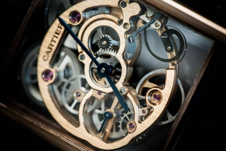 wpid-Cartier-Tank-Louis-Cartier-Skeleton-Sapphire-Watch-SIHH-2015-Close-Up.jpg