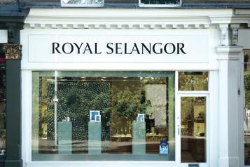 wpid-Royal-Selangor-Flagship-exterior-image-1.png