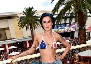 562696669DB001_Rumer_Willis b