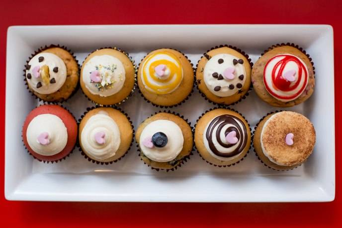 Assorted flavors by Bunnie Cakes