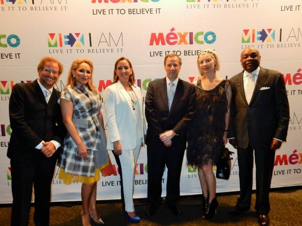 Dr. Andres Roemer, Brenda Zarate, Claudia Ruiz, Jose Meade, Sonya Molodetskaya and Willie Brown