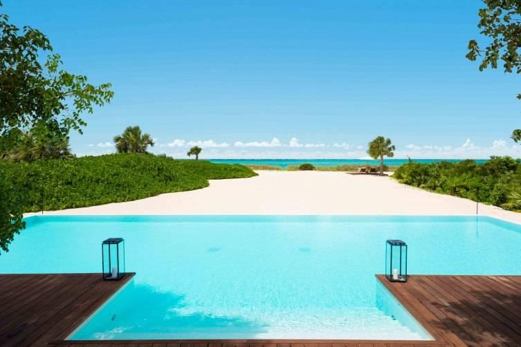 Parrot Cay infinity