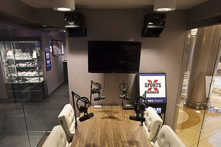 The Palazzo Broadcast Studio Desk