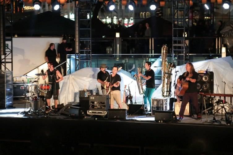 Violent Femmes Perform at The Cosmopolitan of Las Vegas_July 18_Graff 2
