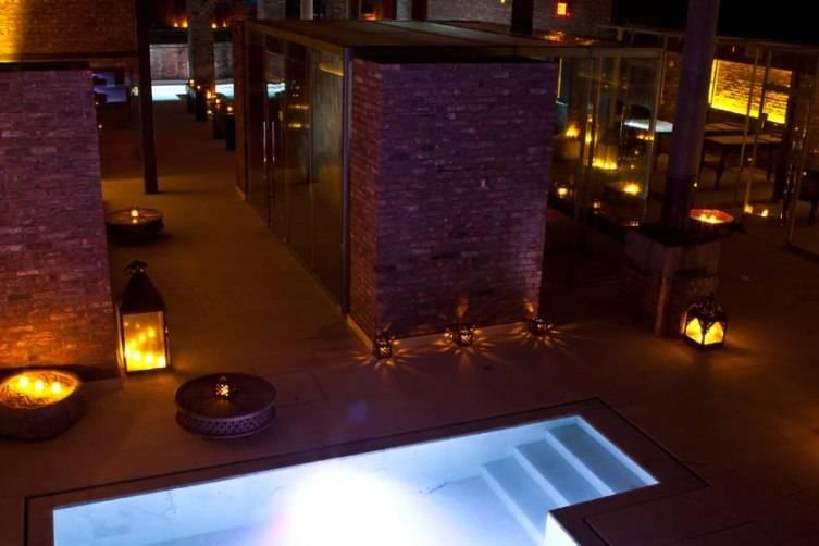 ancient-baths-new-york-hot bath