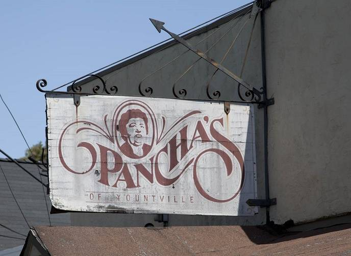 panchas-bar-the-hip-napa
