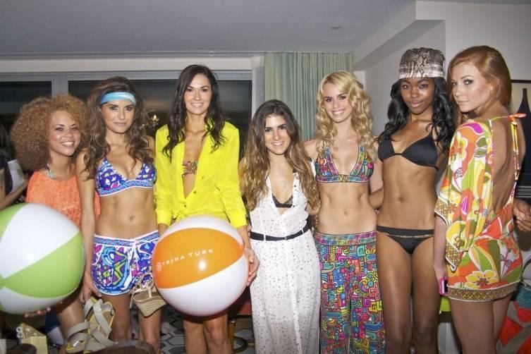 rachael-russell-2012-fashion-show