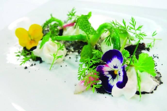 Spring onions, flowers, cocoa, lemon verbena mousse