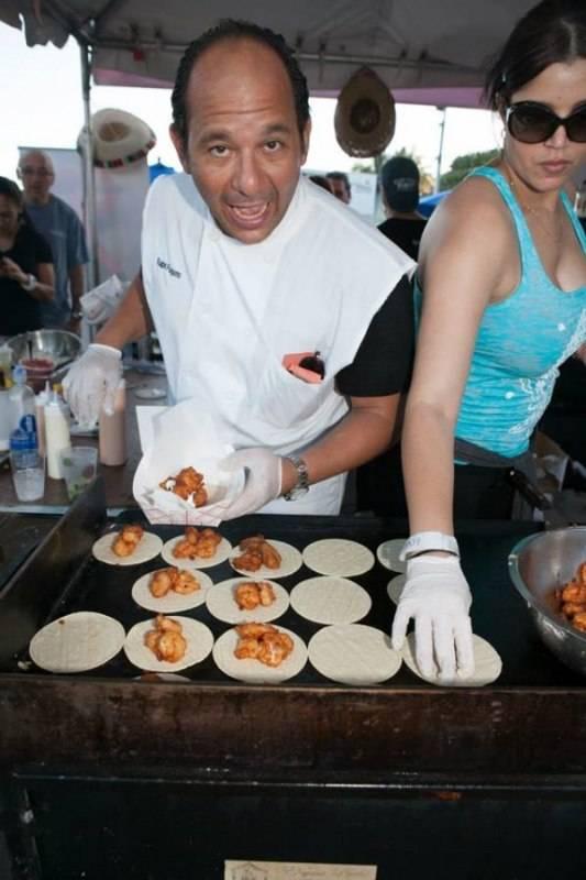 Warren Henry Range Rover >> South Beach Seafood Festival Kicks Off Stone Crab Season