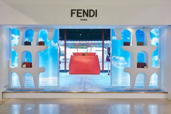 Fendi-pop-up-boutique-3-600x400