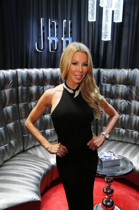 Lisa Hochstein at Jason of Beverly Hills in Miami Design District (Credit - World RedEye)
