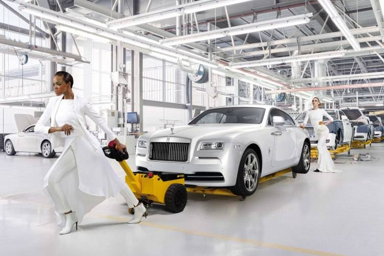 Rolls-Royce 'Wraith - Inspired by Fashion'_01 copy