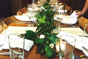 Sopra Dinner Table Setting