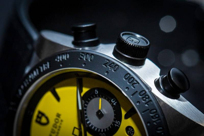 Tudor-Fastrider-Chronograph-2015-Yellow-Close-Up