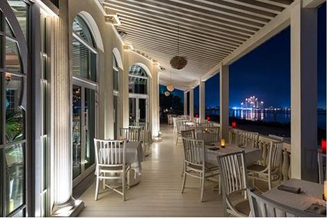 dubai beachside restaurants