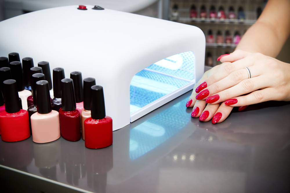 Beauty + Wellness > How to (Safely) Remove a Gel Manicure at Home