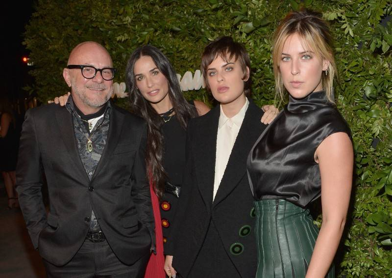 Foral designer Eric Buterbaugh and actors Demi Moore, Tallulah Willis and Scout Willis
