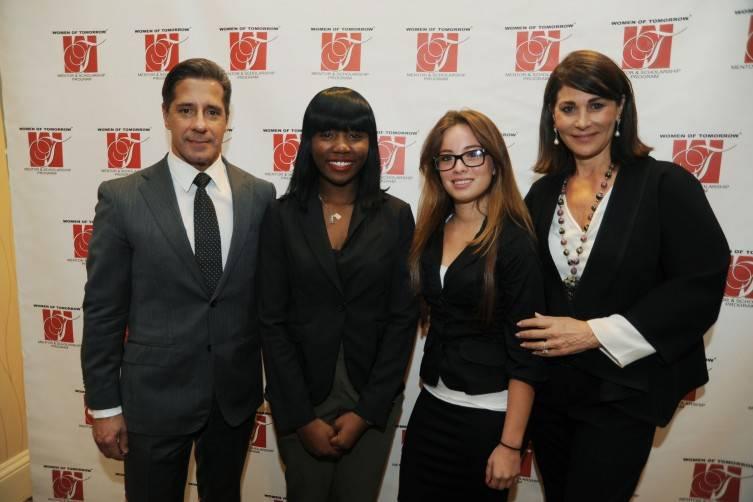 Superintendent Alberto Carvalho, WOT Graduate Vanessa Fleury, WOT Graduate Nathalie Mora & Jennifer Valoppi